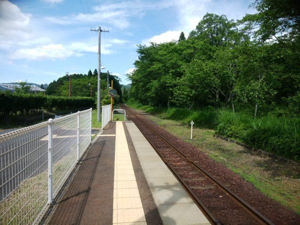 雲井駅の線路