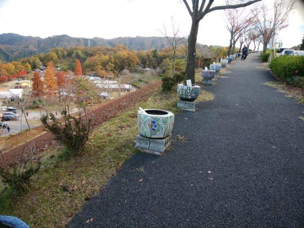 陶芸の森火鉢ロード